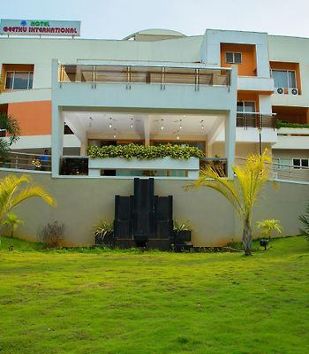 Hotel Geethu International photos Exterior