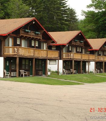 Swiss Chalets Village Inn photos Exterior