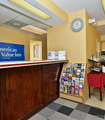Americas Best Value Inn Downtown Midtown photos Interior