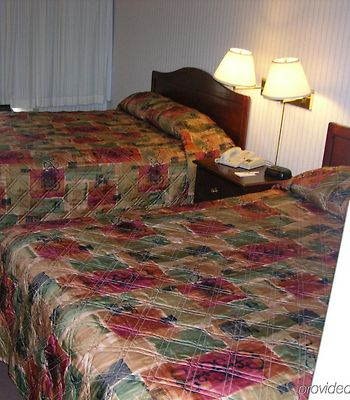 Days Inn Niantic Near Casinos photos Room