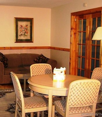 Ramada Timmins photos Room