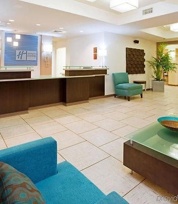 Holiday Inn Express Hotel & Suites Greensboro-East photos Interior