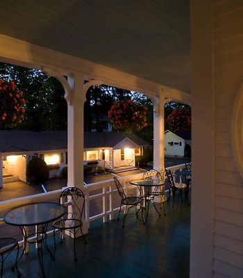 Maine Stay Inn & Cottages photos Restaurant Hotel information