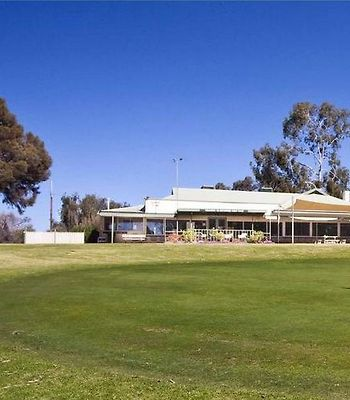 Riverside Golf Club Holiday House photos Exterior
