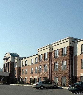 Springhill Suites By Marriott Prince Frederick photos Exterior