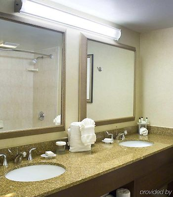 Embassy Suites Cleveland - Beachwood photos Room