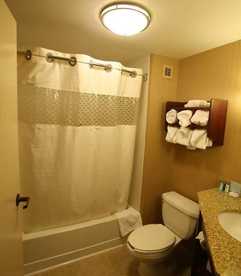 Hampton Inn Detroit/Northville photos Room
