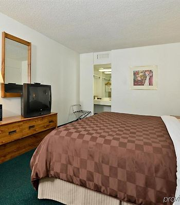 Americas Best Value Inn Chilton Conference Center photos Room