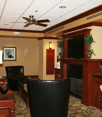 Hampton Inn South Kingstown - Newport Area photos Interior