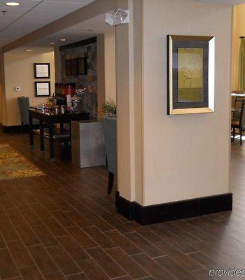 Hampton Inn & Suites Birmingham/280 East-Eagle Point photos Interior