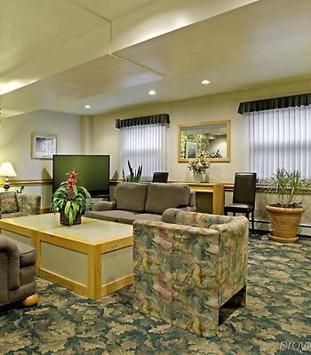 Americas Best Value Inn / Executive Suite Airport photos Interior