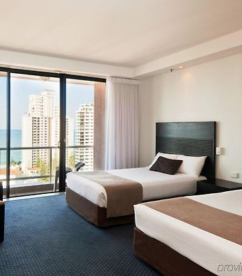 Crowne Plaza Surfers Paradise photos Room