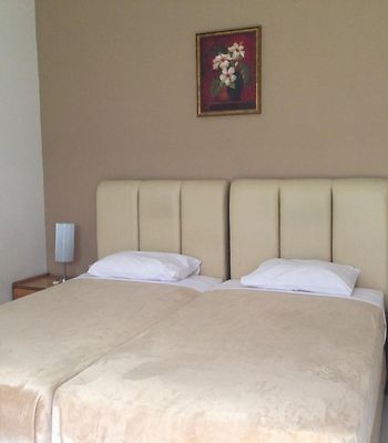 Gondia International Guest House photos Room