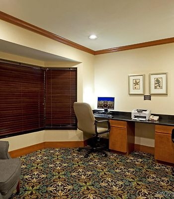 Staybridge Suites Nw Near Six Flags Fiesta photos Facilities