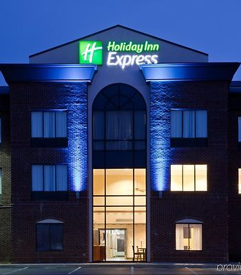 Holiday Inn Express Hotel & Suites Shelbyville photos Exterior