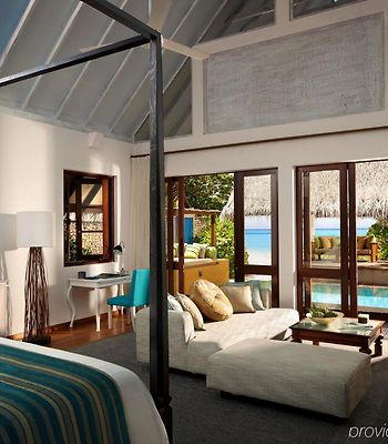 Four Seasons Resort At Landaa Giraavaru photos Exterior