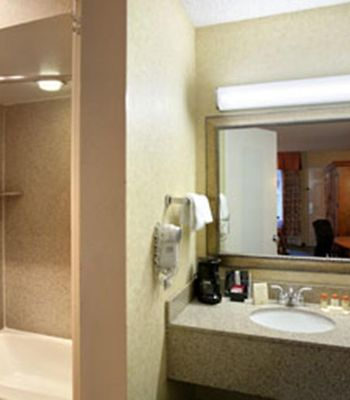 Days Inn Klamath Falls photos Room