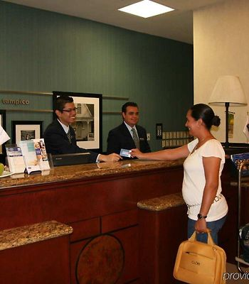 Hampton Inn By Hilton Tampico photos Interior