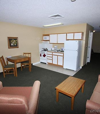 Affordable Suites Wilson photos Room