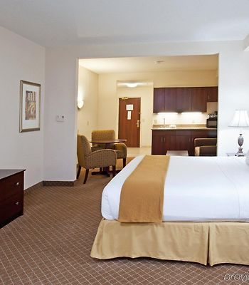 Holiday Inn Express Hotel & Suites Rochester Webster photos Room