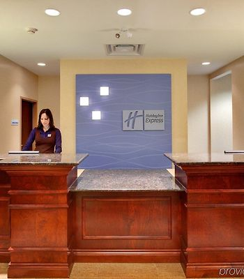 Holiday Inn Express Hotel & Suites Brockville photos Interior