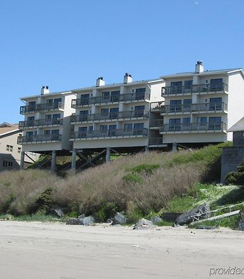 Sunset Oceanfront Lodging photos Exterior