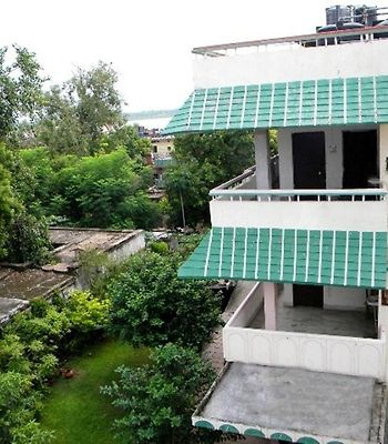Om Guest House photos Exterior Hotel information