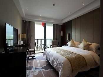 Yangshuo Changfeng Green Water Holiday Hotel photos Exterior