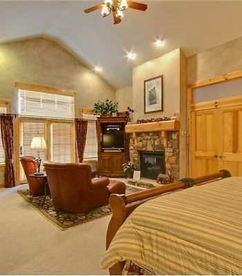 7650 Sterling Drive Private Home By Alpine Ski Properties photos Room Bedroom
