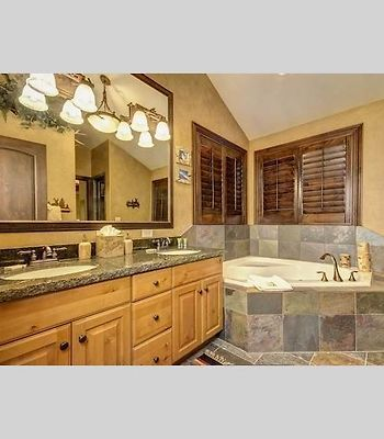 Nansen Court Private Home By Alpine Ski Properties photos Room Bathroom