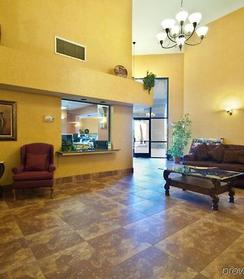 Quality Inn & Suites Of The Sun Cities photos Interior