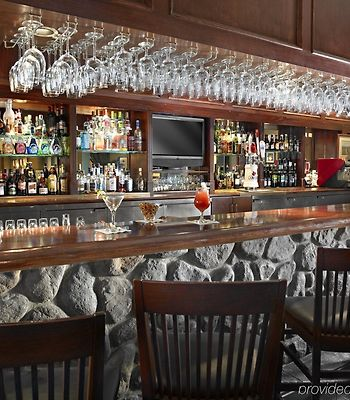 Coast Canmore Hotel & Conference Centre photos Restaurant