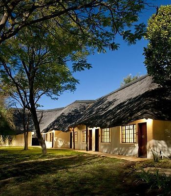 Mokuti Etosha Lodge photos Exterior