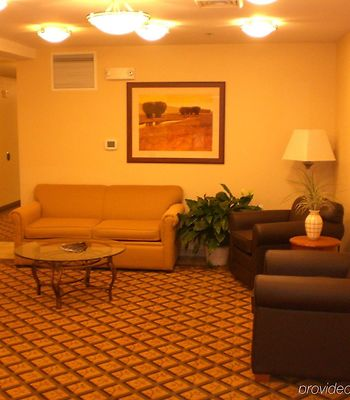 Candlewood Suites Milwaukee Brown Deer photos Interior