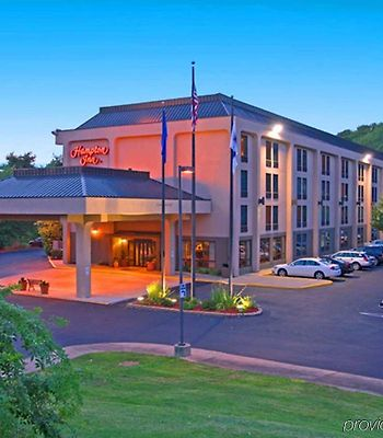 Hampton Inn Meriden - Wallingford photos Exterior