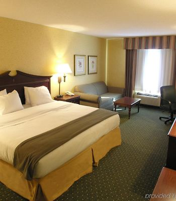 Holiday Inn Express & Suites Williamsburg photos Room