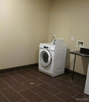 Holiday Inn Express Newell-Chester Wv photos Facilities