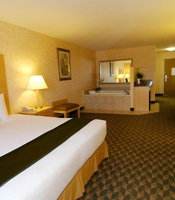 Best Western Plus North Las Vegas Inn & Suites photos Room