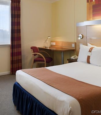 Holiday Inn Express Edinburgh Waterfront photos Room