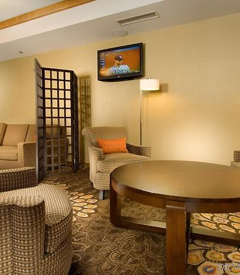 Holiday Inn Express & Suites Alexandria - Fort Belvoir photos Interior