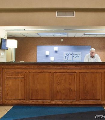 Holiday Inn Express Hotel & Suites Laurinburg photos Interior
