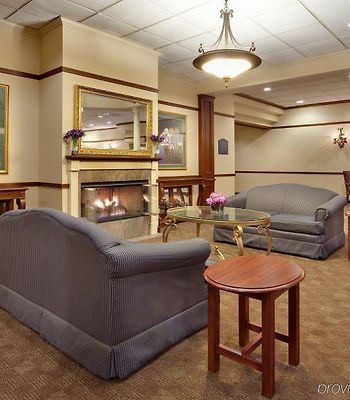 Holiday Inn Auburn-Finger Lakes Region photos Interior