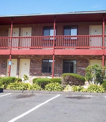 Naugatuck Motor Lodge photos Exterior Hotel information