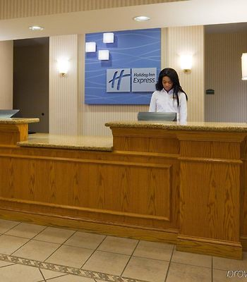 Holiday Inn Express Hotel & Suites Chanhassen photos Interior