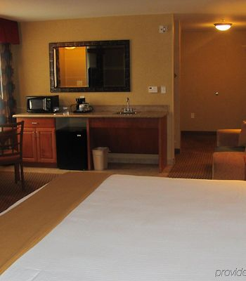 Holiday Inn Express Hotel & Suites Ontario Airport photos Room