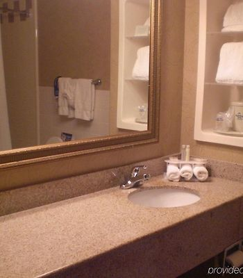Holiday Inn Express & Suites Alice photos Room