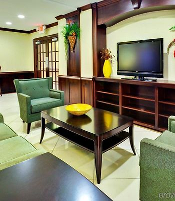 Holiday Inn Express Hotel & Suites Byram photos Interior
