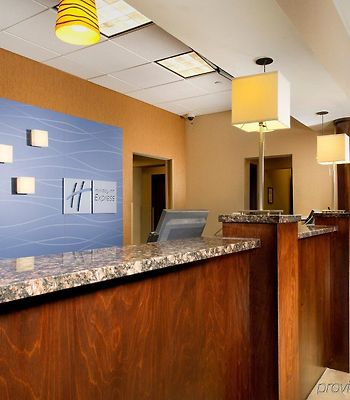 Holiday Inn Express Baltimore At The Stadiums photos Interior