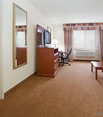 Holiday Inn Express Hotel & Suites Farmington photos Room
