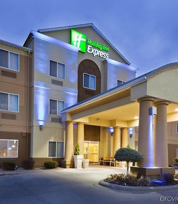 Holiday Inn Express & Suites Burlington photos Exterior